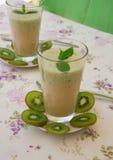 Vitamin drink- kiwi banana smoothie Royalty Free Stock Photos