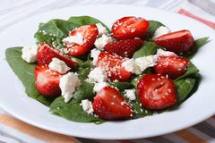 Vitamin salad with strawberries, spinach and sesame Stock Photography