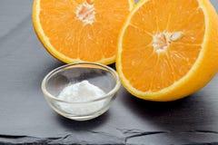 Vitamina C, polvo del ácido ascórbico imagen de archivo