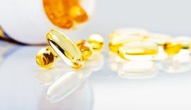 Vitamine jaune brillante Photo libre de droits