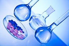 Vitamines et laboratoire Photos libres de droits