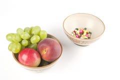 Vitamines ou pillules ? Images stock
