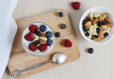 Vitaminfrühstücksjoghurt chia Samencocktail Lizenzfreies Stockbild