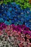 Vitblått knackar textur för den gröna stenen för akryl för violeten crystal crystal Royaltyfria Foton