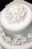 Vitbröllopstårta Arkivbild