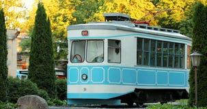 Vitebsk Vitryssland Monument till den Vitebsk spårvagnen i museum av historia av den Vitebsk spårvagnen Zoomen zoomar in arkivfilmer