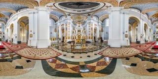 VITEBSK, WEISSRUSSLAND - OKTOBER 2018: Volle nahtlose Winkel-Gradansicht des Panoramas 360 innerhalb des Innenraums der ehrfürcht lizenzfreie stockfotografie
