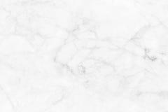 Vitgrå färger marmorerar textur, den detaljerade strukturen av marmor i naturligt mönstrat för bakgrund och design Arkivfoton