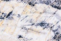 Vitgrå färger marmorerar textur med den naturliga modellen för bakgrund eller Fotografering för Bildbyråer