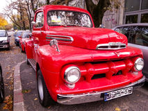 Vitntage美丽的美国汽车 免版税库存图片