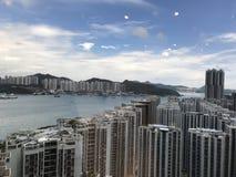 Vitoria-Hafen in HK mit blauem Himmel Stockfotografie