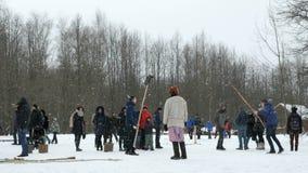 Vitoslavlitsy in Veliky Novgorod, Russia nell'inverno video d archivio
