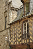 Vitré, Bretagne, Frankreich. Traditionelle Architektur Stockbilder
