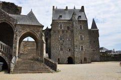 Vitré, Bretagne, Frankrijk. Hoofdkasteel binnenhof Royalty-vrije Stock Foto's