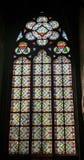 Vitral窗口在大教堂Notre Dame里 库存图片