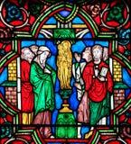 Vitral - adoración de la Virgen María bendecida Imagen de archivo libre de regalías
