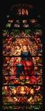 Vitral da Virgem Maria com o bebê Jesus Christ fotografia de stock