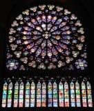 Vitral del Cathedrale Notre Dame Imágenes de archivo libres de regalías