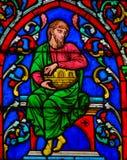 Vitral en Notre Dame, París de Noah imagen de archivo libre de regalías