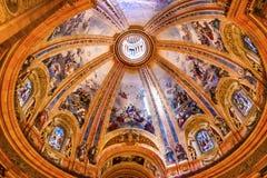 Vitral San Francisco el Grande Madrid Spain de la bóveda Fotos de archivo