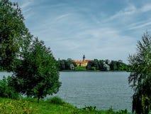 Vitrysk Nesvizh slott - medeltida slott Fotografering för Bildbyråer