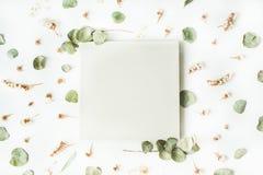 Vitt bröllop- eller familjfotoalbum Arkivfoton