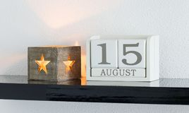 Vitt datum 15 för gåva för kvarterkalender och månad Augusti Arkivbilder
