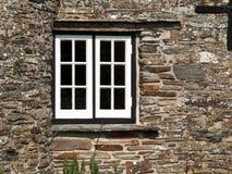 Vitt fönster i en svart ram Arkivbild