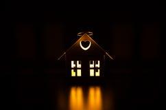 Vitt hus för ljusstake Arkivbilder