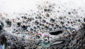 Vitt skum med bubblor Royaltyfri Foto