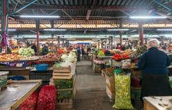Vitt varitety av grönsaker i Kutaisi, Georgia Arkivfoton