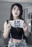 Vittima femminile dell'adolescente di commercio dell'essere umano Fotografie Stock