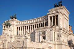 Vittoriano die op Piazza Venezia in Rome, Italië voortbouwen Stock Foto's