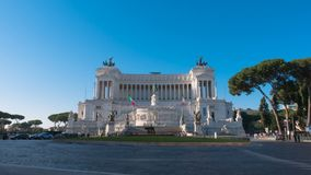 Vittoriano Monument i den Venedig fyrkanten Rome, Italien lager videofilmer