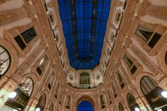 Vittorio Emanuele ΙΙ στοά - Μιλάνο, Ιταλία στοκ φωτογραφία με δικαίωμα ελεύθερης χρήσης