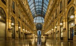 Vittorio Emanuele di galleria del centro urbano di Milano fotografia stock libera da diritti
