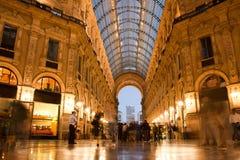 Vittorio Emanuele II galleri. Milan Italien arkivbilder