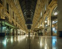 Vittorio Manuel del galleria del duomo de la plaza de Milano fotografía de archivo