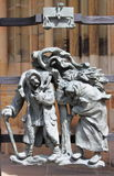 在圣Vitus大教堂哥特式门的装饰在布拉格 免版税库存照片