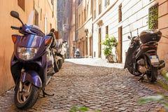 Viuzza nel centro di Roma, Italia Fotografia Stock Libera da Diritti