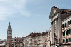 Vivaldikerk en Campanile San Marco in Venetië, Italië Stock Foto's