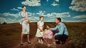 Vivant une grossesse heureuse Image stock