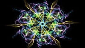 Vive la mandala verde del fractal, túnel video en fondo negro Modelos simétricos animados para el espiritual y la meditación
