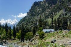Vivendo nos himalayas, casa em Kashmir Imagens de Stock Royalty Free