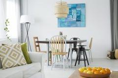 Vivere e sala da pranzo combinati fotografia stock