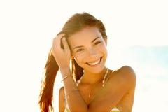 Vivere sorridente della ragazza asiatica uno stile di vita sano immagini stock
