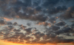 Vivid cloud colors during sunset Royalty Free Stock Images