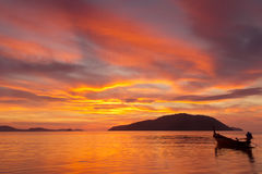 Vivid color sunrise in Phuket, Thailand Royalty Free Stock Photos