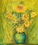 Vivid Sunflowers Bouquet Over Green Background Royalty Free Stock Photos
