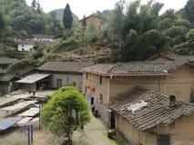 Vivienda rural en áreas de montaña de China Fotos de archivo libres de regalías